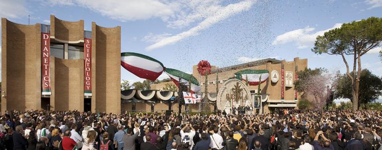Inauguration de la nouvelle Eglise de Rome