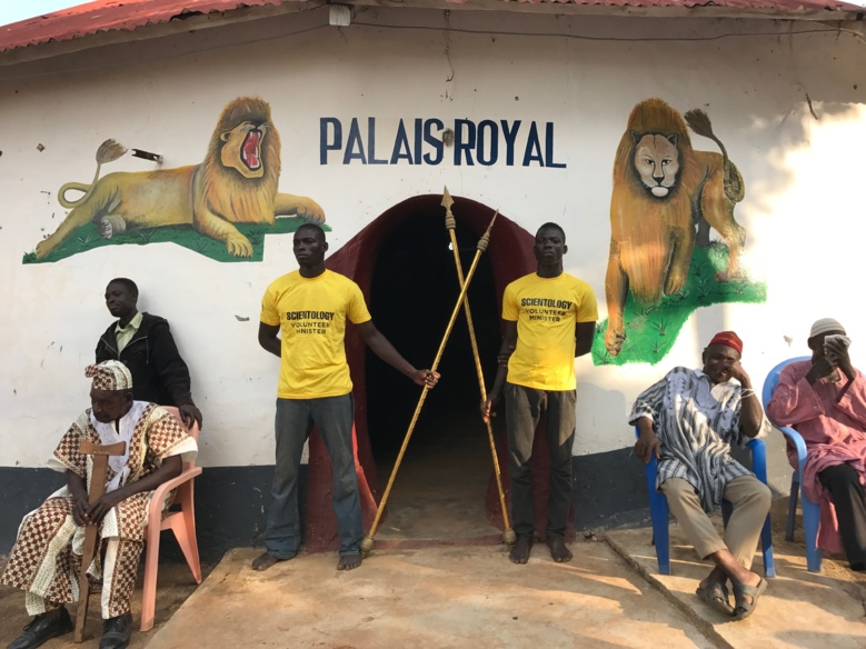 Les gardes du Palais Royal de Bassar