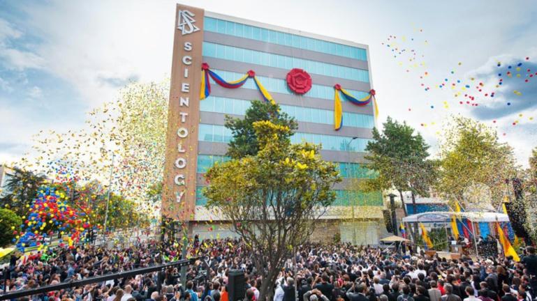 Eglise de Scientologie - inauguration à Bogota